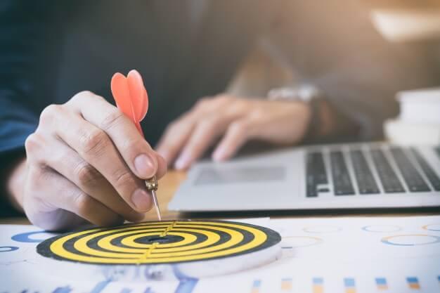 داشتن هدف و برنامهريزي اولين قدم براي افزايش بهرهوري و عملكرد در كارها